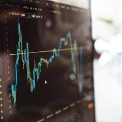 Czym się różni Forex od giełdy papierów wartościowych?